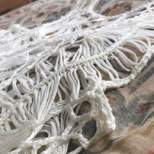 Tops - 🎉HP🎉 LOW TIDE crochet tank